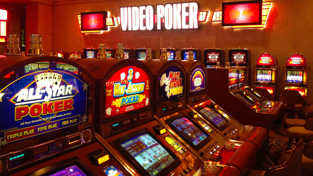 Video Poker vs. Table Poker : Know the difference.